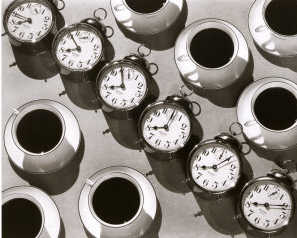 8 часов, время кофе / Eight O'Clock Coffee, Ralph Steiner, 1935 год