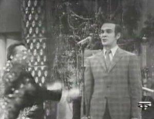 """Муслим Магомаев исполняет песню """"Ах эта свадьба, свадьба, свадьба пела и плясала…"""""""