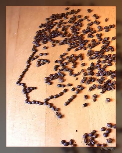 портрет Пушкина из зерен кофе
