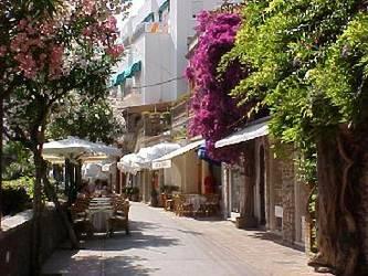 кафе на острове Капри (Capri)