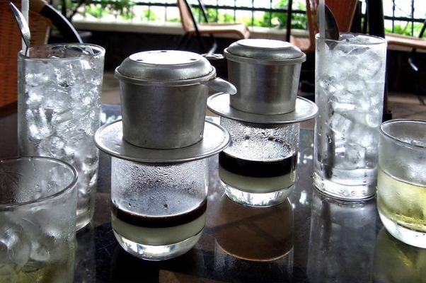 кофе. жасминовый чай / Вьетнам