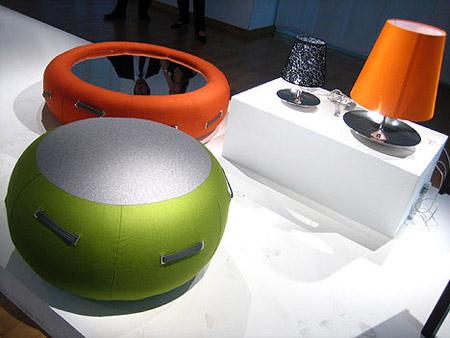 надувной кофейный столик
