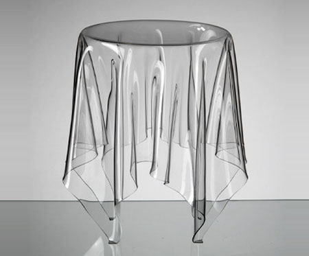 кофейный столик из пластика / авторский дизайн