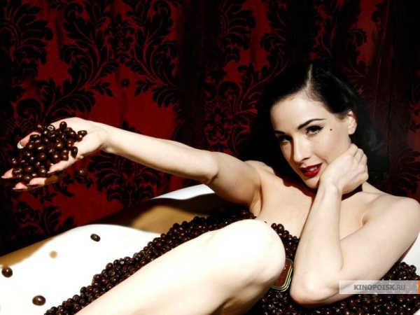 Dita von Teese by Altoids Dark Chocolate Dipped Mints | Дита фон Тиз в рекламе шоколадных конфет