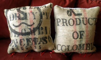 Подушки из кофейных мешков