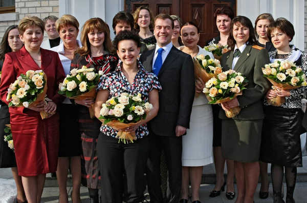 Президент Дмитрий Медведев встретился с самыми сильными женщинами России
