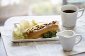 Хотдог и кофе главные символы американской кухни