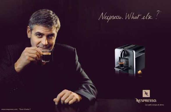 Джордж Клуни и постер для nespresso кофеварка с капсулами