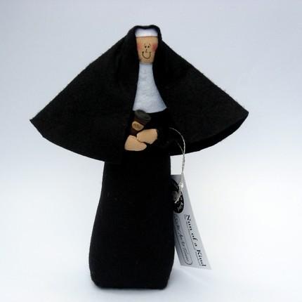 Кукла - кофейная сестра-монахиня
