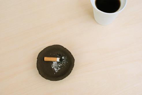 Пепельница из кофейной гущи