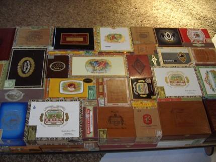 Столешница кофейного столика, сделанного своими руками из коробок от сигар