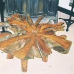 Кофейный столик из корней кедра