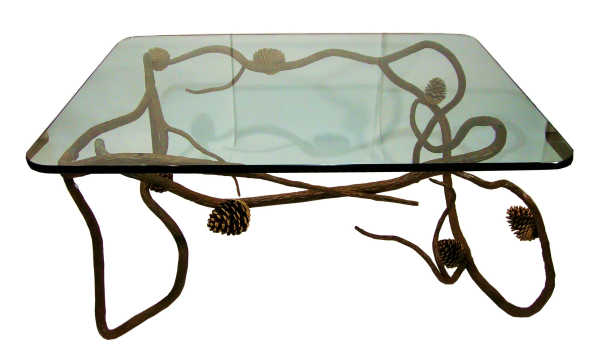 Кофейный стол на гнутых ножках