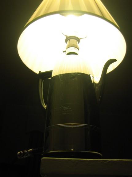Настольная лампа своими руками из посуды