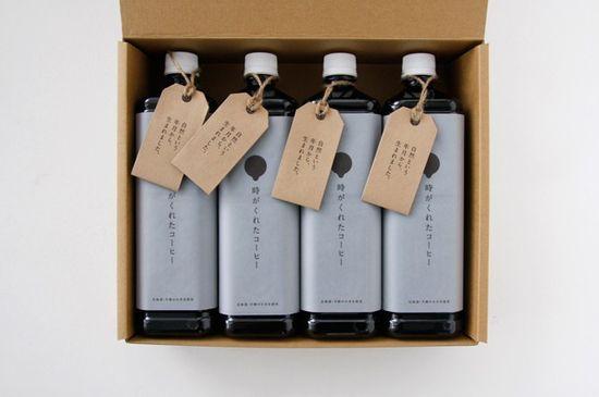 Дизайн упаковки холодного кофе в бутылках