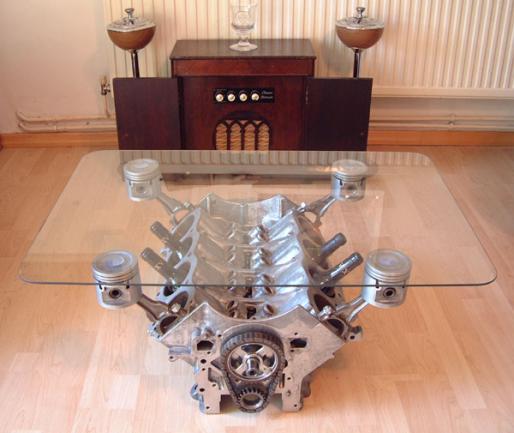 Кофейный столик для кабинета
