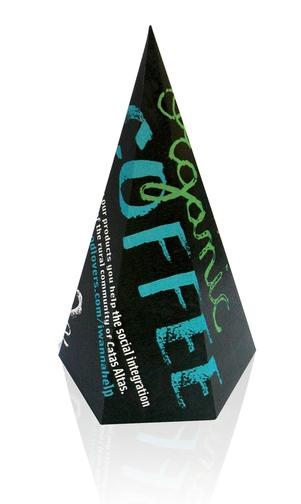 Необычный дизайн упаковки для органического кофе